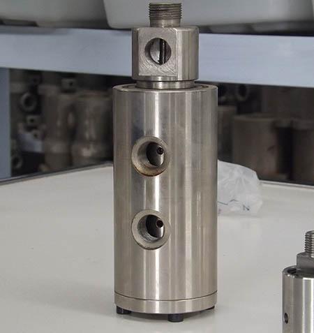 不锈钢旋转接头(非标液压)